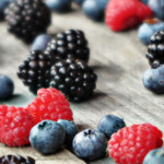 Frutti rossi, per la cura del viso da Biofficina Toscana