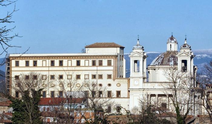 Palazzo-doria-e-collegiata-valmontone