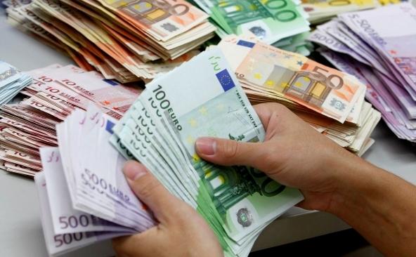 Come funzionano i prestiti personali per stranieri?